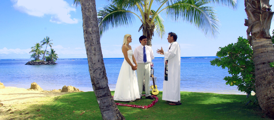 Waialae Beach Wedding Couple and Minister