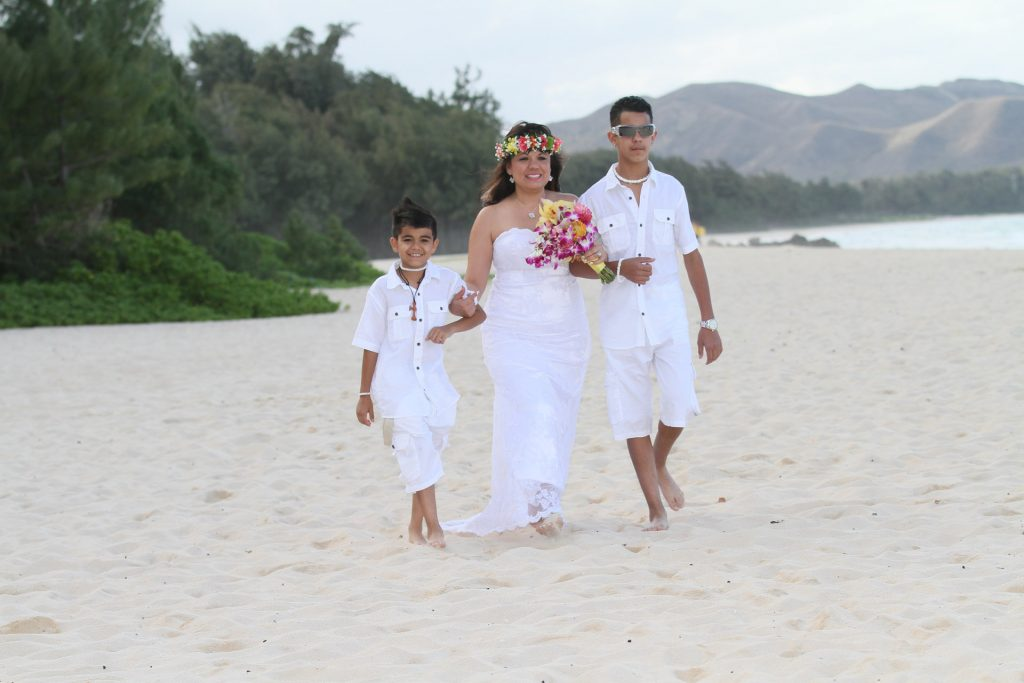 Hawaii Wedding Vow Renewals Sweet Hawaii Wedding