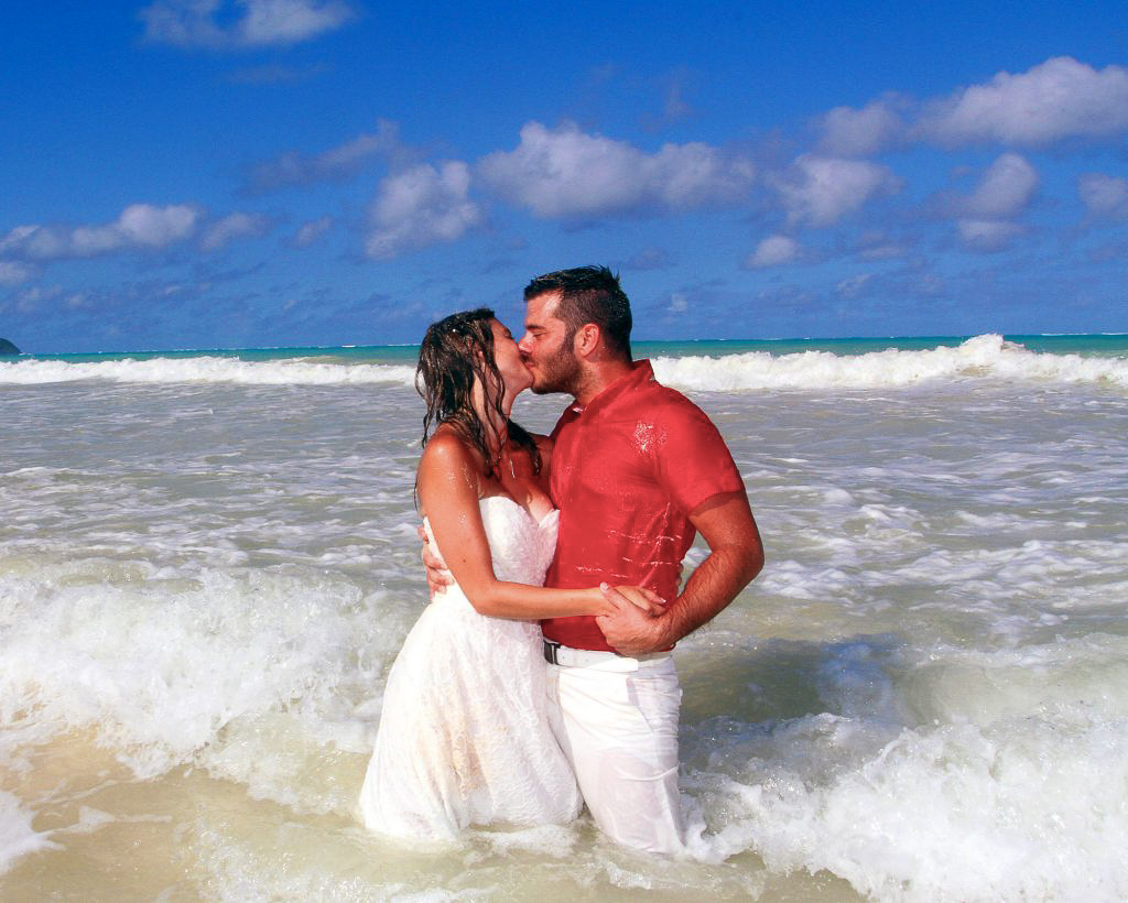 Barefoot-delight-hawaii-wedding-package-gallery-2
