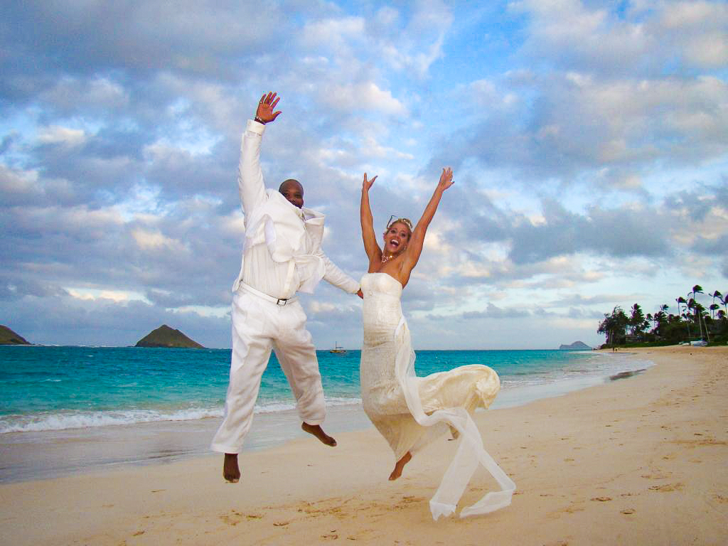 barefoot delight beach hawaii wedding lanikai kauai