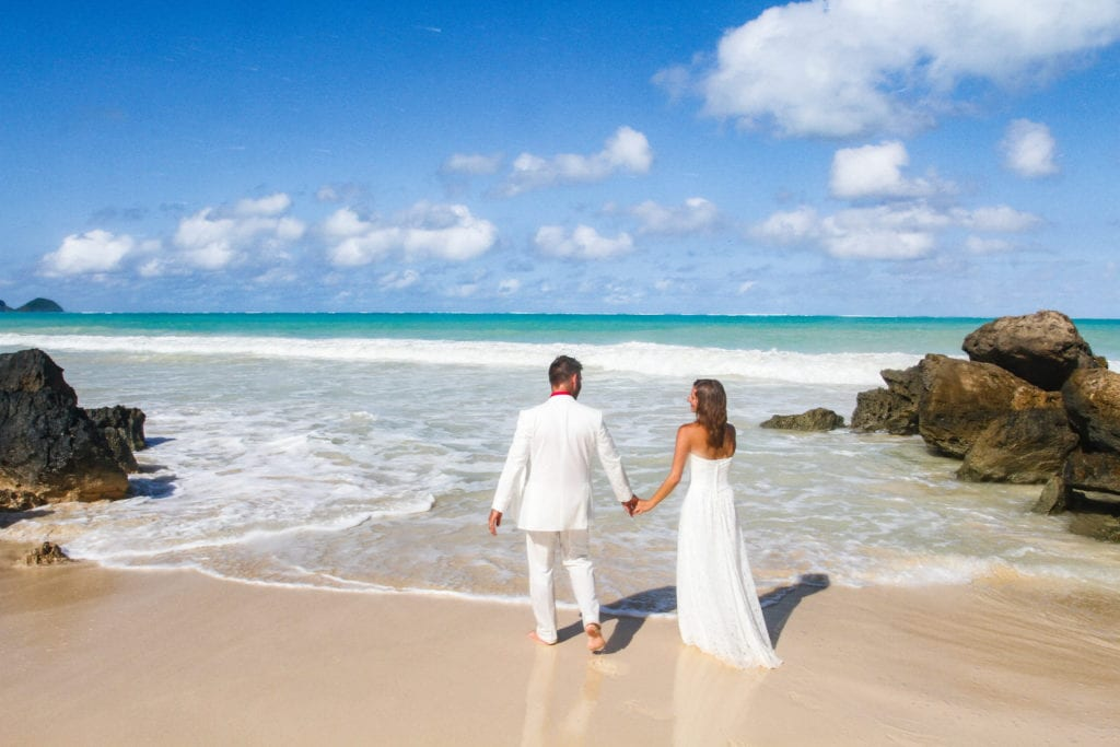 barefoot delight beach wedding package2