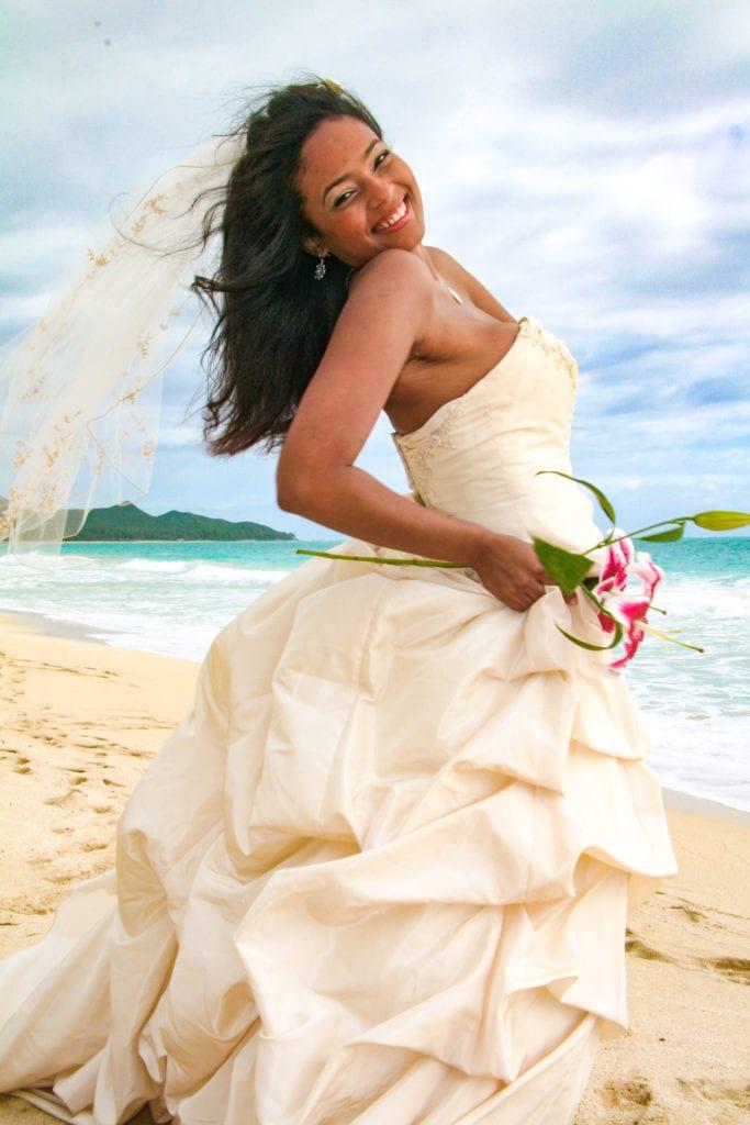 Hawaii wedding bride on the sand