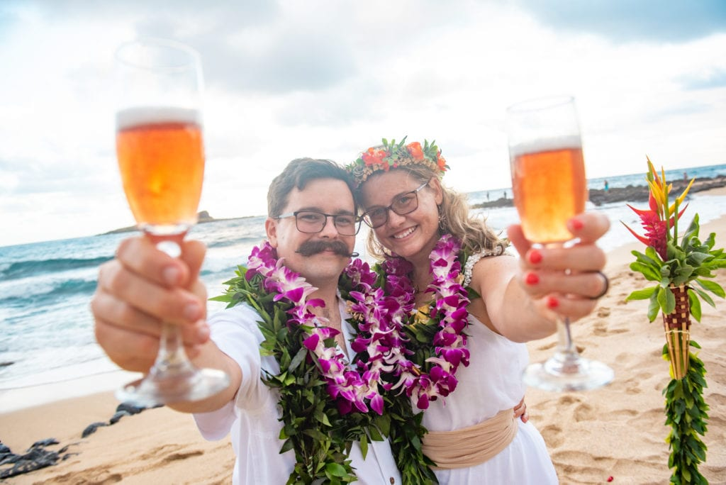 hawaii wedding elopement cider toast
