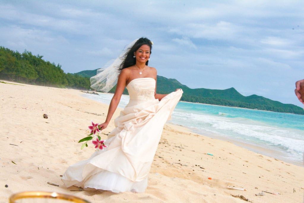 hawaii wedding waimanalo bay oahu