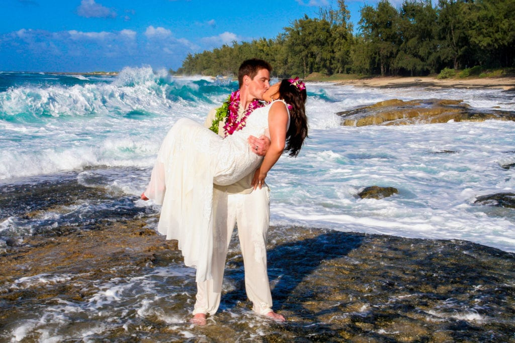 kauai wedding waves
