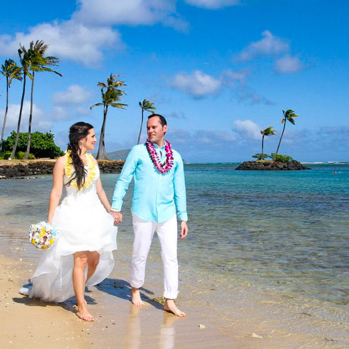 waialae beach wedding location oahu